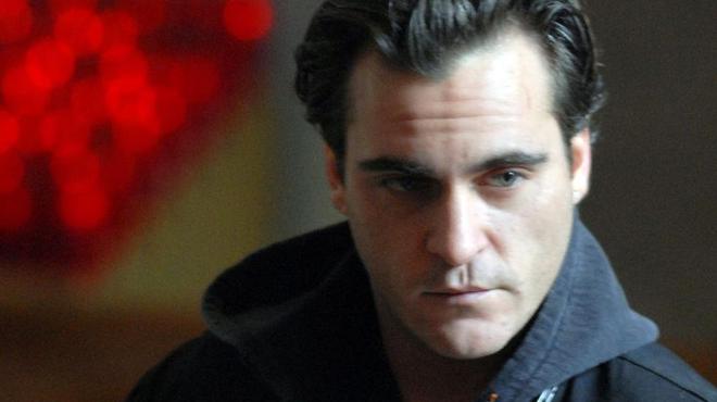 Clint Eastwood courtise Joaquin Phoenix