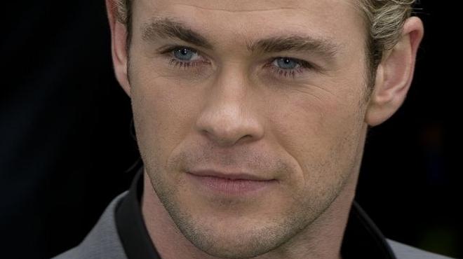 Chris Hemsworth vs Moby Dick ?