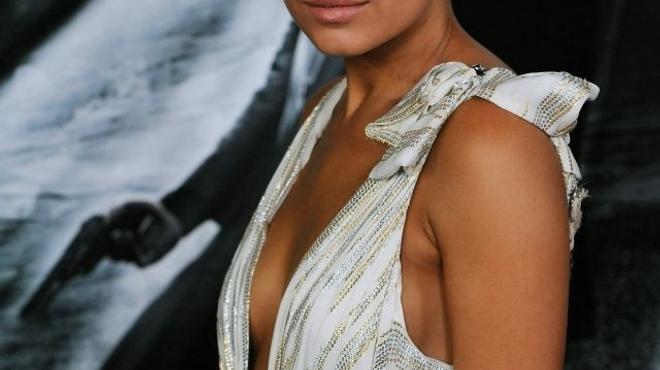Mila Kunis intéressée pour jouer dans l'adaptation de Fifty Shades of Grey