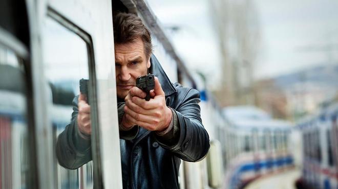 Liam Neeson est un méchant raton laveur !