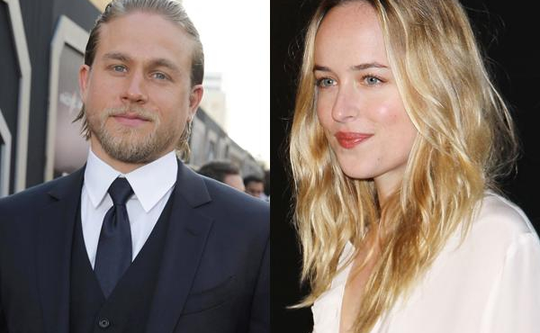Fifty Shades of Grey : Face à face sexy pour Dakota Johnson et Charlie Hunnam