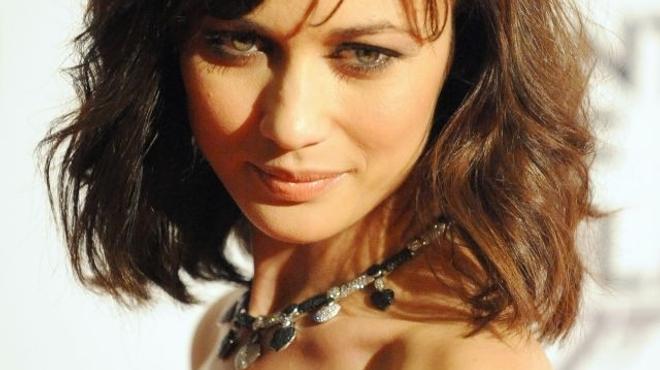 Russell Crowe s'offre Olga Kurylenko pour sa première réalisation