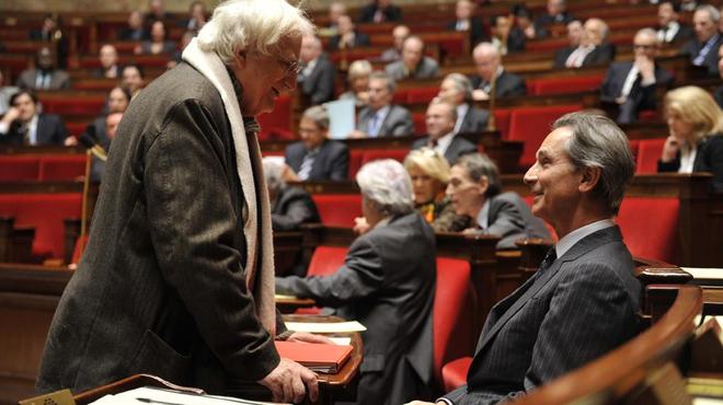 Bertrand Tavernier comparaît face au Juge Bourgaud pour ses propos controversés