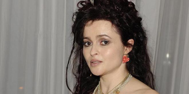 Helena Bonham Carter bientôt transformée en suffragette