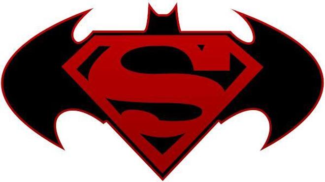 Batman vs. Superman sortira avec 10 mois de retard !