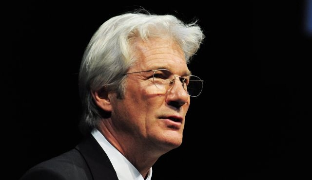 Richard Gere rejoint Indian Palace 2