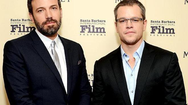 Ben Affleck et Matt Damon perdus en mer