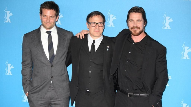 Berlin 2014 : Bradley Cooper et Christian Bale s'éclatent pour American Bluff (photos)