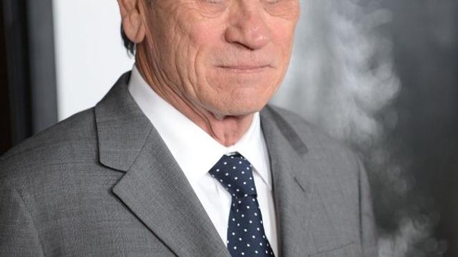 Tommy Lee Jones soignera le cerveau criminel de Kevin Costner