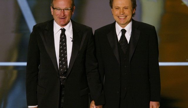 Billy Crystal rendra hommage à Robin Williams pour les Emmy Awards