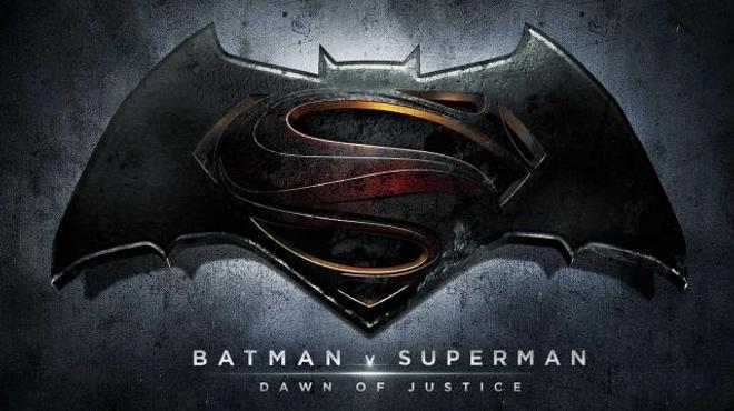 Batman et Superman fuient Captain America