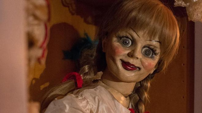 Annabelle et la Dame en noir vont vous faire sursauter ! (Bandes-annonces)