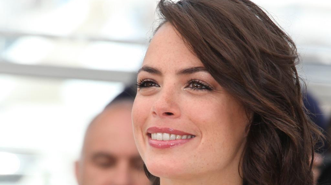 Bérénice Béjo rejoint Robert Pattinson dans The Childhood of a Leader