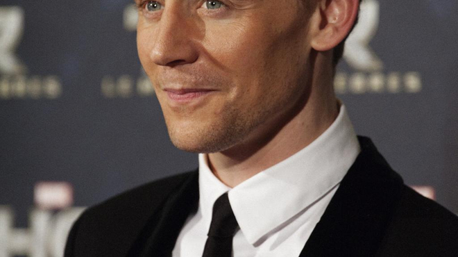 Ben Hur : Tom Hiddleston pressenti pour succéder à Charlton Heston