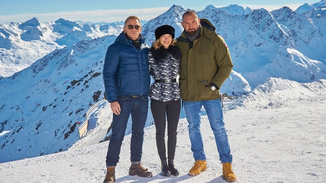 Spectre : Léa Seydoux et Daniel Craig prennent la pose (PHOTOS)