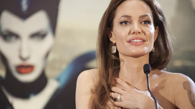 Rumeur : Angelina Jolie pour réaliser Captain Marvel ?