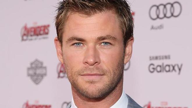 Chris Hemsworth au casting de SOS Fantômes 3