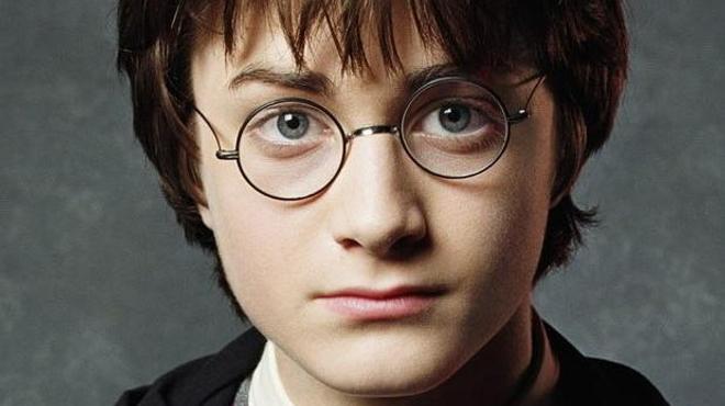 Harry Potter débarque au théâtre en 2016 !