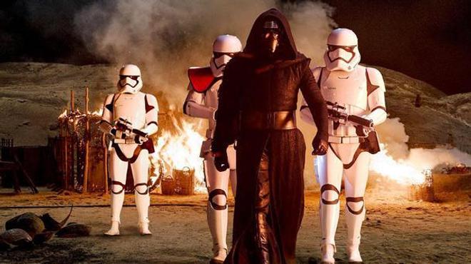 Star Wars Le Réveil de La Force : L'impressionnante bande-annonce finale
