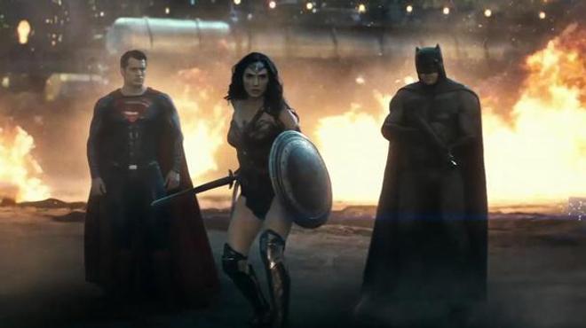 Batman V Superman : un nouveau trailer explosif