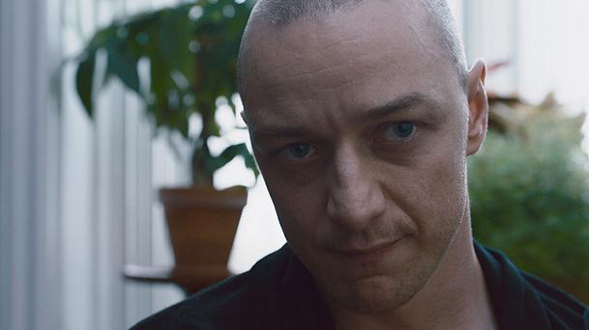 Split : James McAvoy est taré dans le prochain Shyamalan (Bande-annonce)