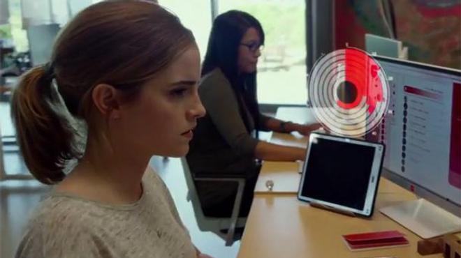 The Circle : les premières images du thriller avec Emma Watson et Tom Hanks