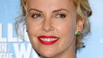 Charlize Theron en blonde atomique pour son prochain film