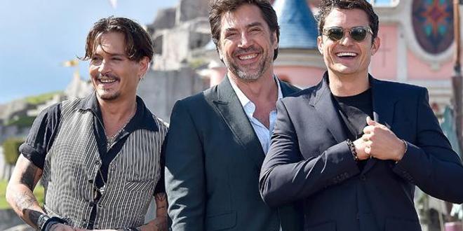 Pirates des Caraïbes : quand Johnny Depp et Orlando Bloom débarquent à Disneyland Paris