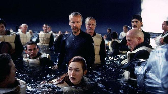 James Cameron prépare un documentaire sur le Titanic