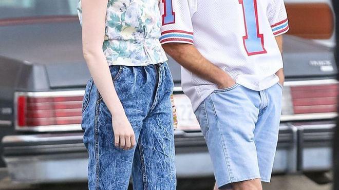 Emma Stone et Jonah Hill méconnaissables pour Netflix (photos)
