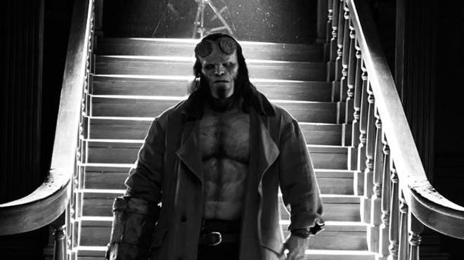 Hellboy : David Harbour a une classe d'enfer sur les premières photos du reboot