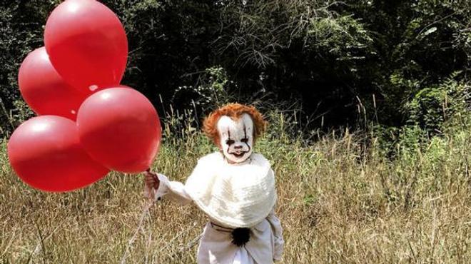 Ça : Ce petit garçon de 3 ans déguisé en Pennywise va vous donner des cauchemars
