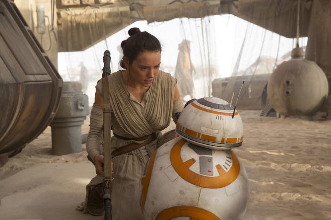 Star Wars : pourquoi Le Réveil de la force n'était PAS un remake