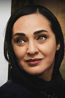 Roya Nownahali