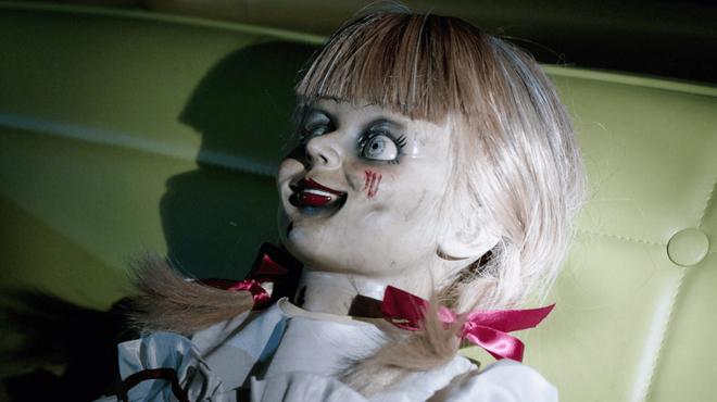 Annabelle 3 : les Warren frôlent la mort dans le premier extrait