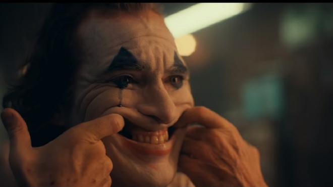 Joker : Todd Phillips partage une nouvelle photo et confirme la classification R