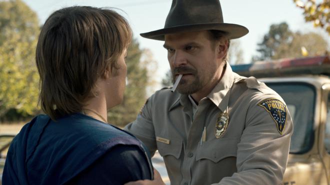 Netflix va bannir la cigarette de ses futurs programmes destinés aux ados
