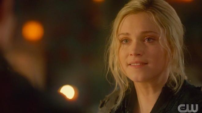 The 100 saison 6 : la scénariste revient sur l'évolution de Clarke