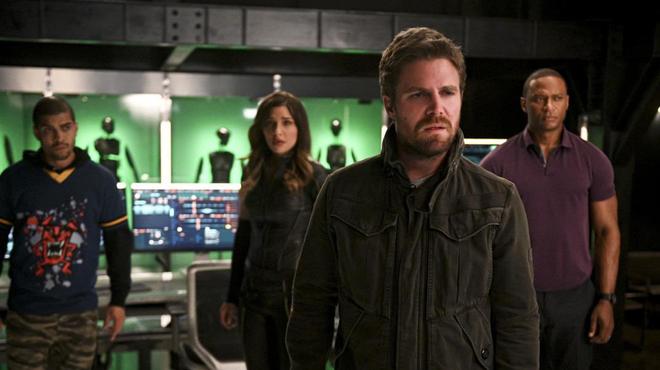Arrow saison 8: présent et futur ne font plus qu'un dans l'épisode 4