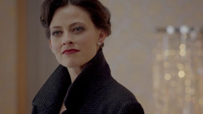 Que devient Lara Pulver (Sherlock) ?