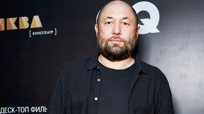 Timur Bekmambetov (Searching) va réaliser le premier blockbuster en format vertical