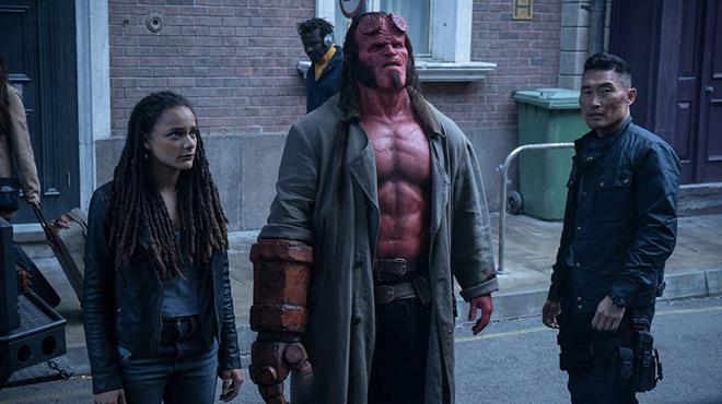 Hellboy : David Harbour accuse les fans de del Toro pour justifier l'échec du reboot