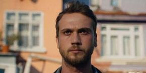 Qui est Aras Bulut Iynemli, l'acteur principal de 7. Koğuştaki Mucize ?