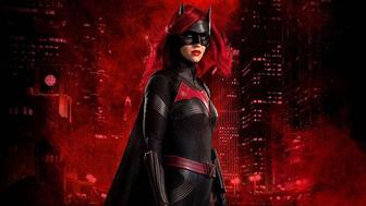 Batwoman : quelle actrice pourrait remplacer Ruby Rose ?