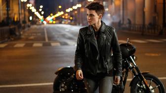 Batwoman : Ruby Rose réagit à son départ de la série