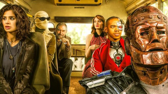 Doom Patrol : ambiance Magicien d'Oz sur les posters de la saison 2