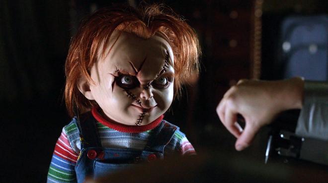 Série Chucky : nouvelles armes et nouveaux objectifs pour la poupée maléfique