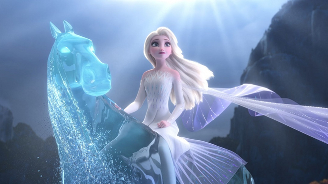 La Reine des Neiges 2 : à qui appartient la voix qu'Elsa entend ?