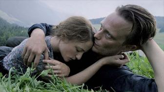 Une vie cachée : au ban de la société en Blu-ray
