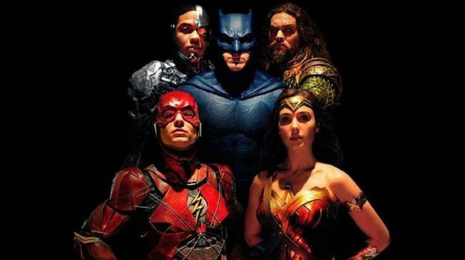 Justice League : Joss Whedon se serait ouvertement moqué du film de Snyder